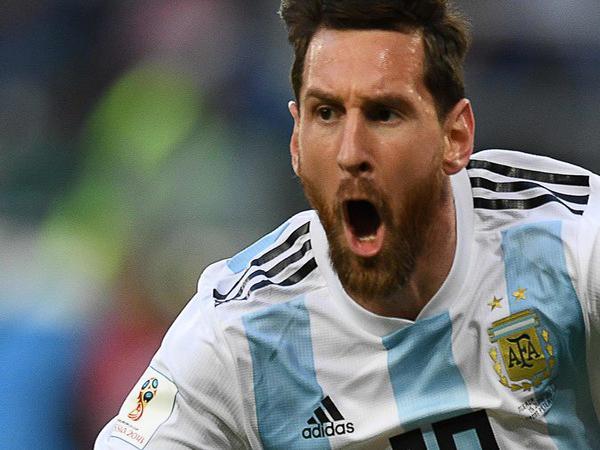 ميسي يقود الأرجنتين للدور الثاني من كأس العالم