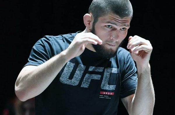 المقاتل الروسي حبيب نورمحمدوف
