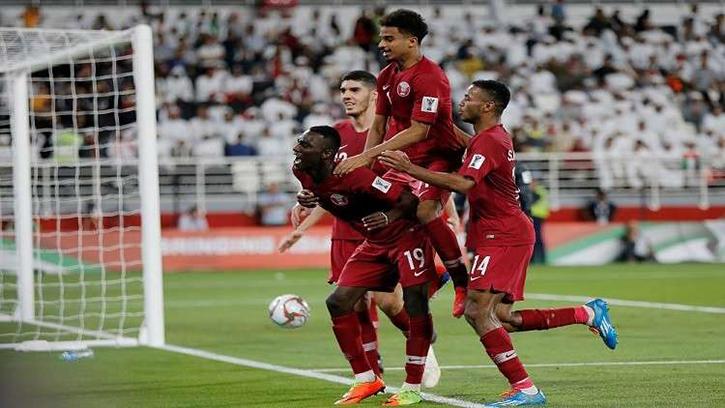 قطر الإمارات