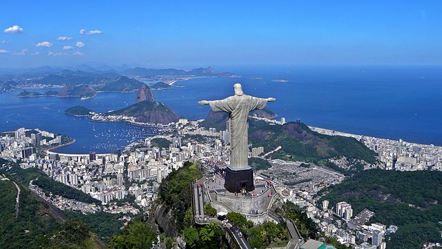 تمثال السيد المسيح في البرازيل